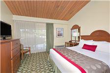 Ramada Santa Barbara - Ramada Santa Barbara Room