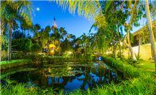 Ramada Santa Barbara - Nigth Time Lagoon