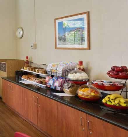 Santa Barbara Hotel Compliementary Deluxe Continental Breakfast